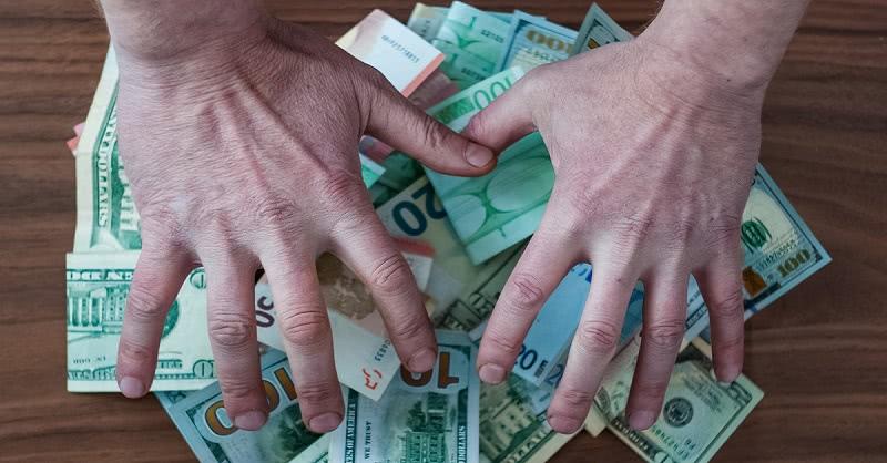 Чем больше мужчина вкладывает денег в свою любимую, тем… Чтобы больше не ныли, что все женщины меркантильны!