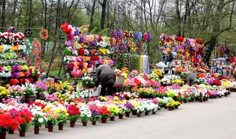 Цветы и венки для кладбища могут вызвать рак