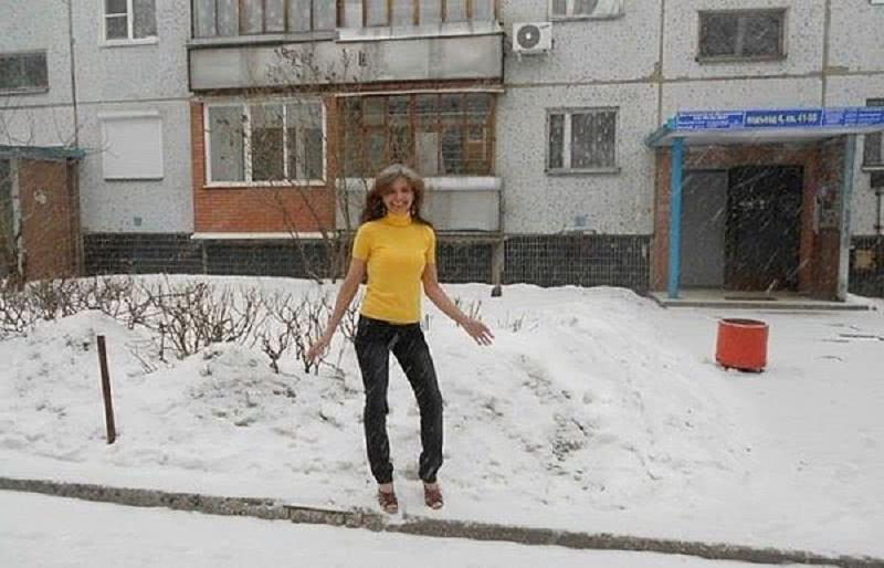 И в мороз, и в метель… Эта женщина даже в  –20 не наденет шубу, и вот почему!