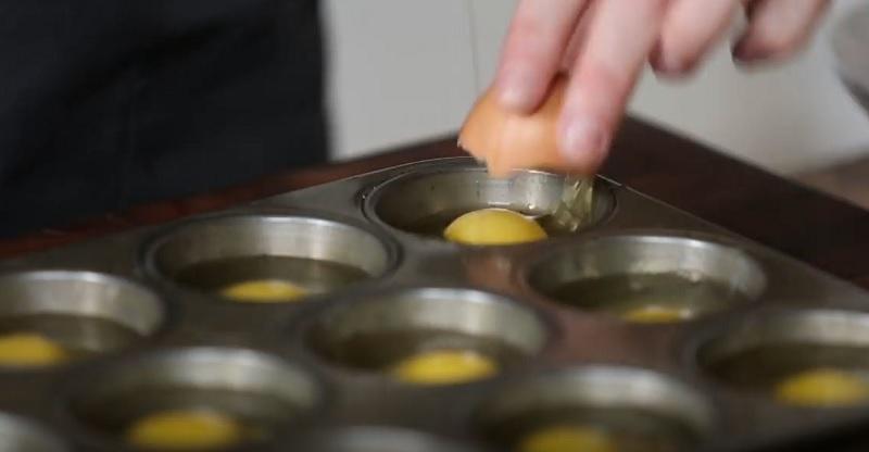 Как запечь целую дюжину яиц всего за несколько минут? Этот способ — настоящее открытие!