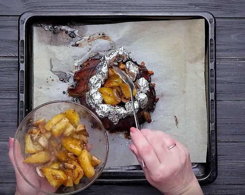 «Мясная корона» — фирменное блюдо свекрови. Попросила рецепт при первой же встрече!