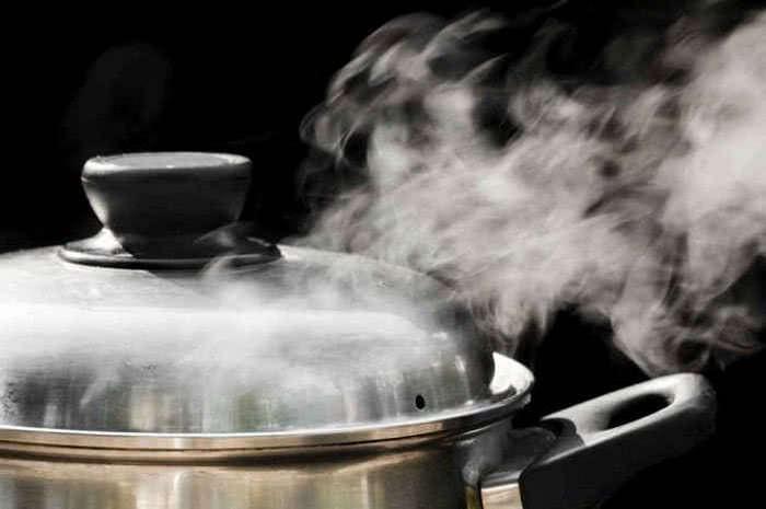 Незаменимая вещь на кухне: 7 нестандартных способов применения мультиварки.