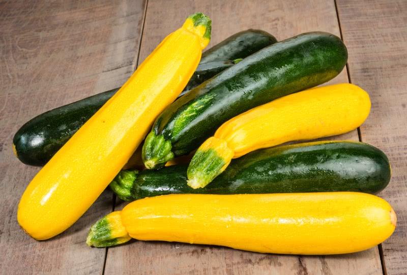 Нежнейшая запеканка из молодых кабачков — блюдо далеко не диетическое