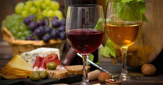 Полезно, но в меру! Узнав об этих свойствах вина, ты еще больше полюбишь напиток богов.