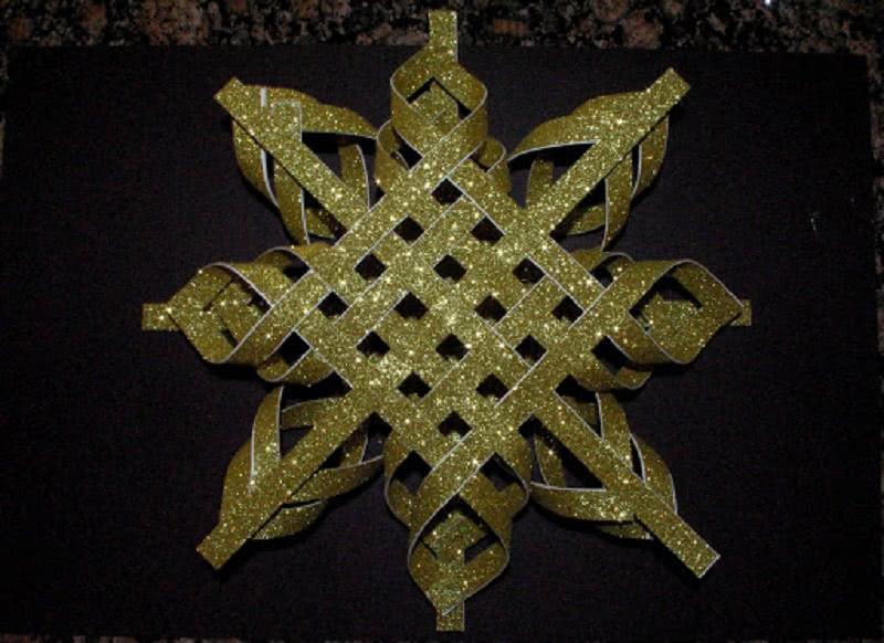 Сделай чудесную звезду своими руками! Сказочное украшение для елки.
