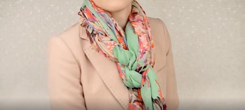 Стильным и модным! Оригинальные идеи, как умело завязывать шарф или платок.