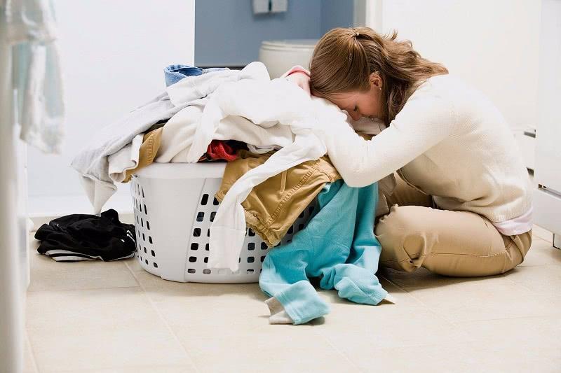 Стирай правильно: расшифровка значков на ярлыках одежды. Больше никаких испорченных вещей!
