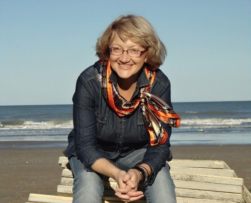 В 45 она кардинально изменила свою жизнь и уехала жить в Италию. Жизнь без возраста!