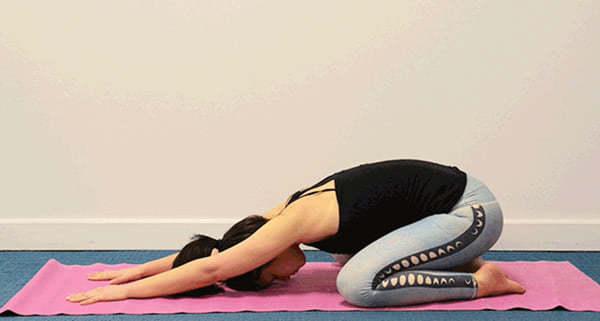 Зарядись энергией, начав утро с этих 7 упражнений йоги. Вот что придает сил на весь день!