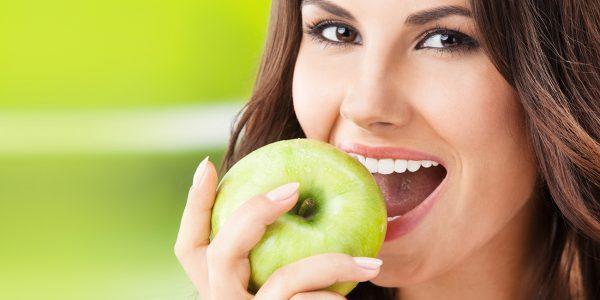 Протезирование зубов: достоинства, недостатки, используемые материалы