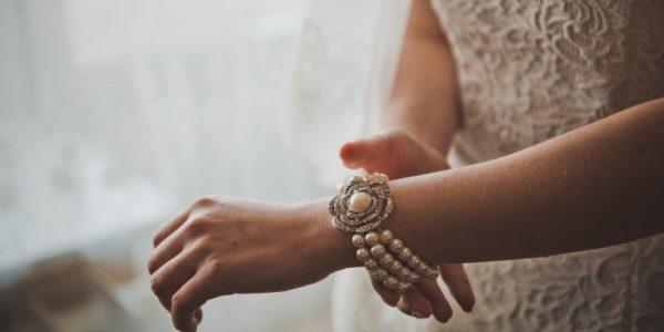 Выбираем самый стильный и модный женский браслет