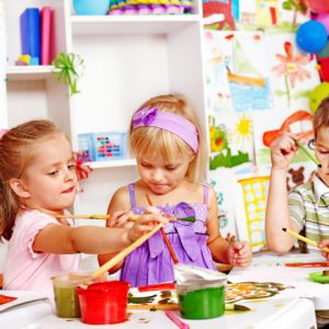 Прості розмальовки для дітей 2, 3, 4 років: розвиваючі, квіти, дерева, транспорт, одяг, овочі і фрукти, казки